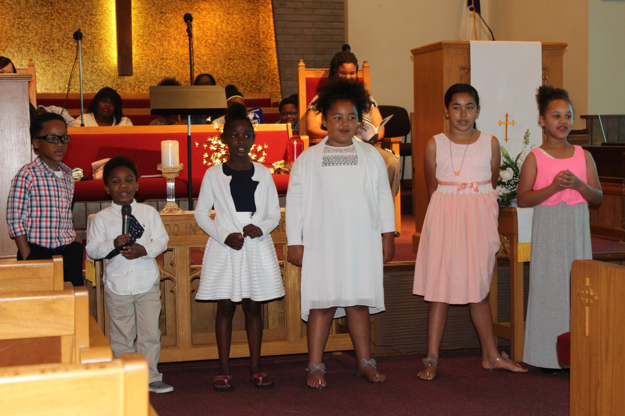Children_s_Choir_at_Mothers_Day_2017.jpg